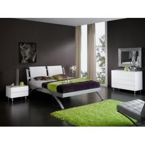 Master bedroom with grass design